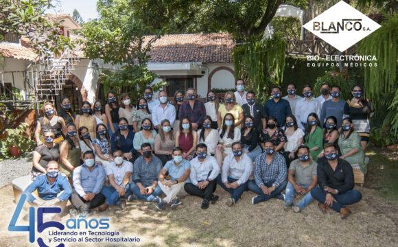 Bioelectronica Blanco S.A celebró sus 45 años de vida institucional en conjunto a todo el equipo de trabajo